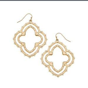 NWT CANVAS Earrings Quatrefoil in worn gold studs